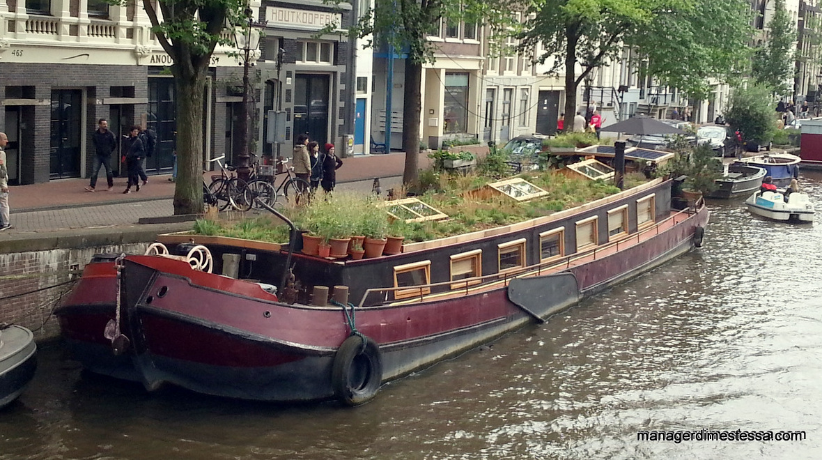 Amsterdam in houseboat con i bambini manager di me stessa for Houseboat amsterdam